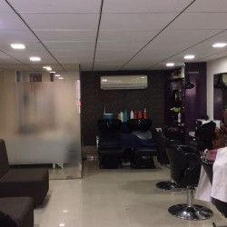 Varad Professional Unisex Salon and Academy_image12