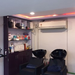 Varad Professional Unisex Salon and Academy_image13